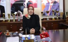 Ardeşen'de ilk belediye başkan vekili bir kadın oldu
